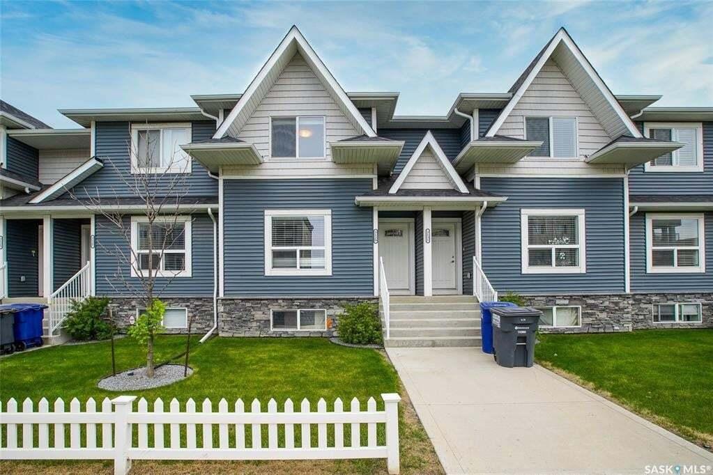 Townhouse for sale at 3129 Mcclocklin Rd Saskatoon Saskatchewan - MLS: SK810560