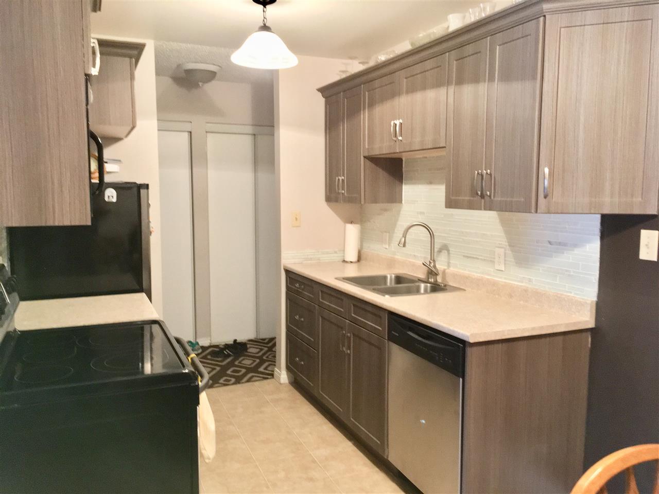 Buliding: 12915 65 Street, Edmonton, AB