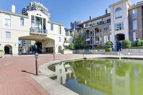 Condo for sale at 2 Renaissance Sq Unit 313 New Westminster British Columbia - MLS: R2503392