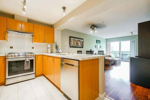Condo for sale at 200 Klahanie Dr Unit 313 Port Moody British Columbia - MLS: R2499544