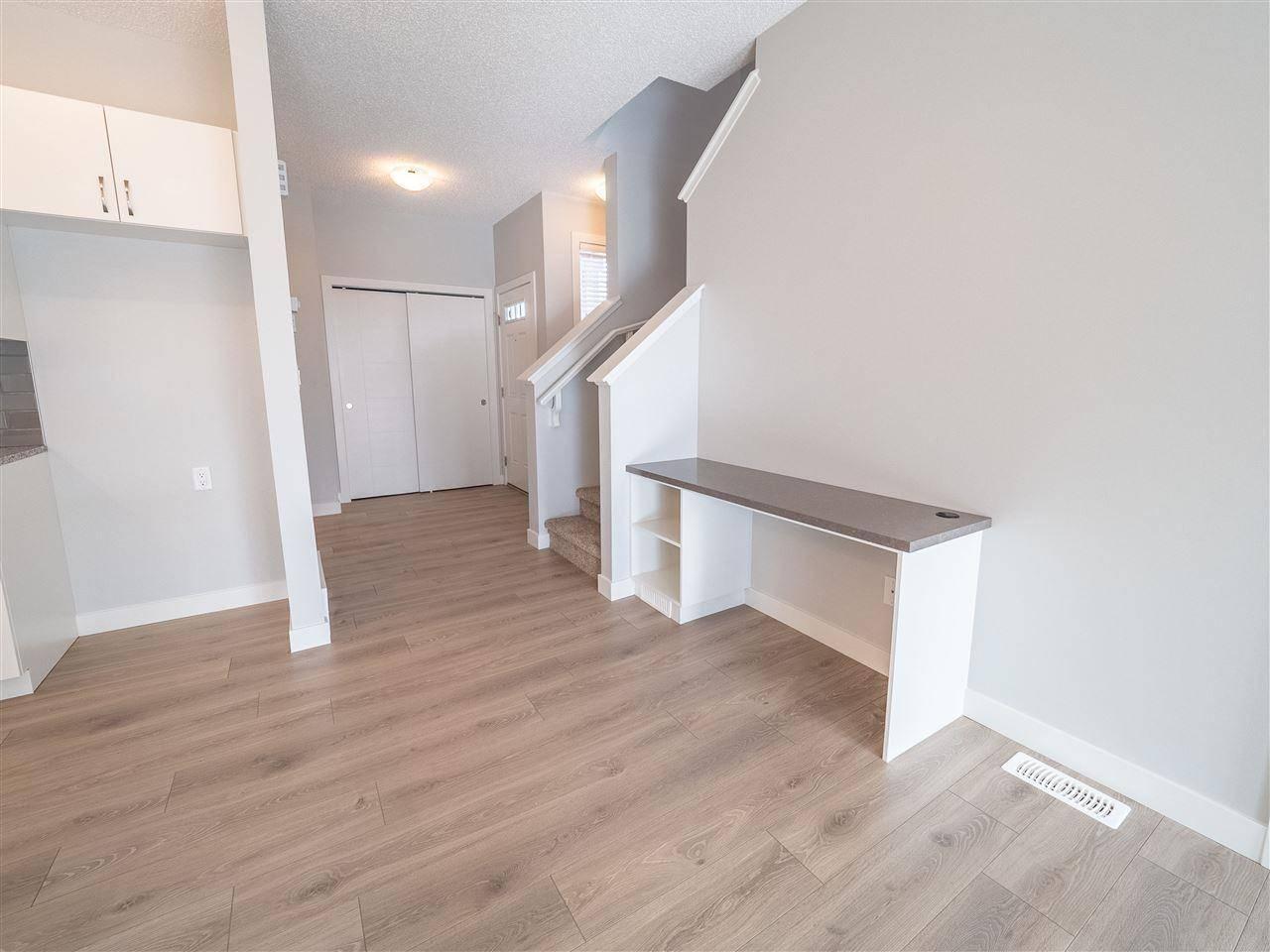 313 39 Avenue Nw, Edmonton | Image 2