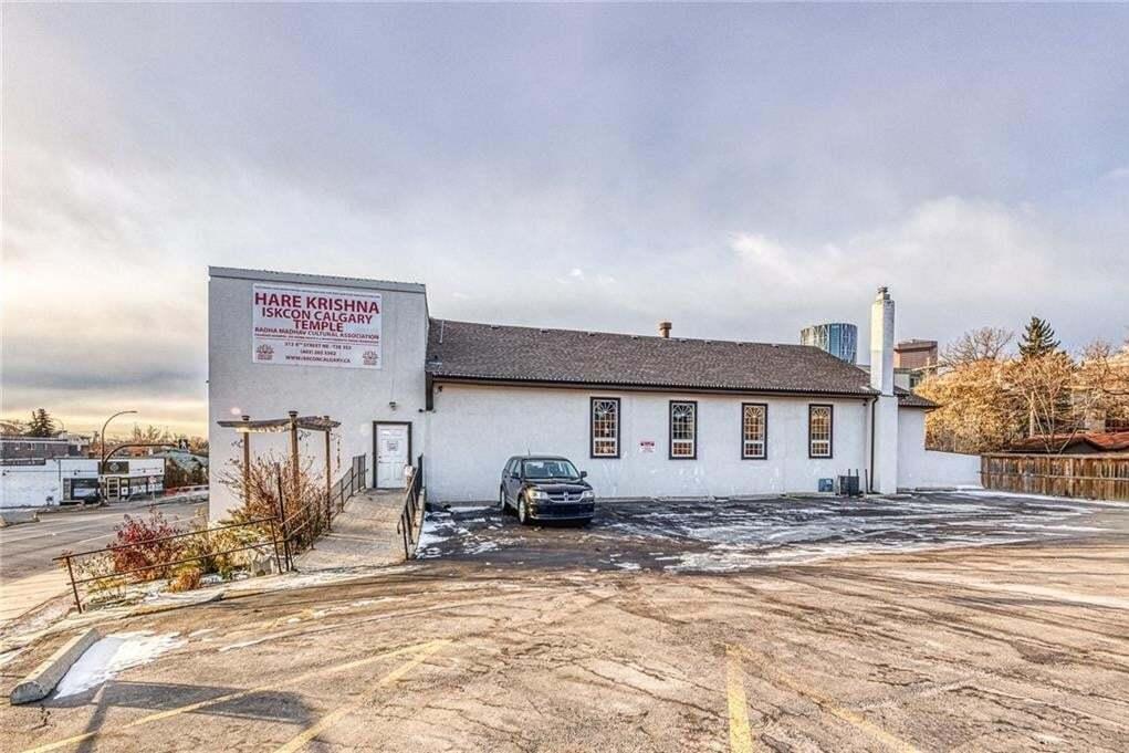 Home for sale at 313 4 St Northeast Calgary Alberta - MLS: C4275197
