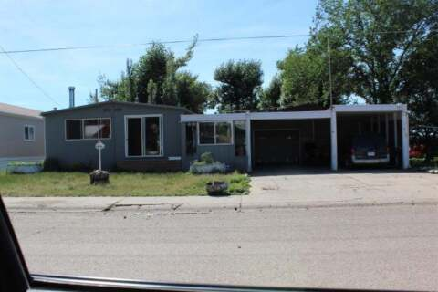 Residential property for sale at 313 4 St W Bow Island Alberta - MLS: A1007044