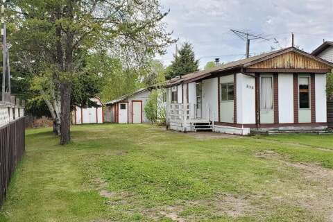 Home for sale at 313 5th Ave Loon Lake Saskatchewan - MLS: SK811353