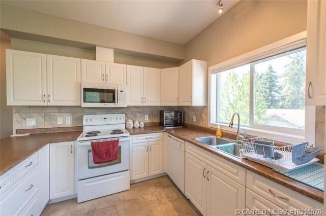 Condo for sale at 778 Rutland Rd North Unit 313 Kelowna British Columbia - MLS: 10215576