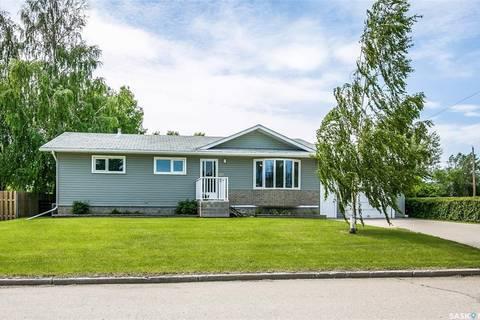 House for sale at 313 7th Ave W Watrous Saskatchewan - MLS: SK804134