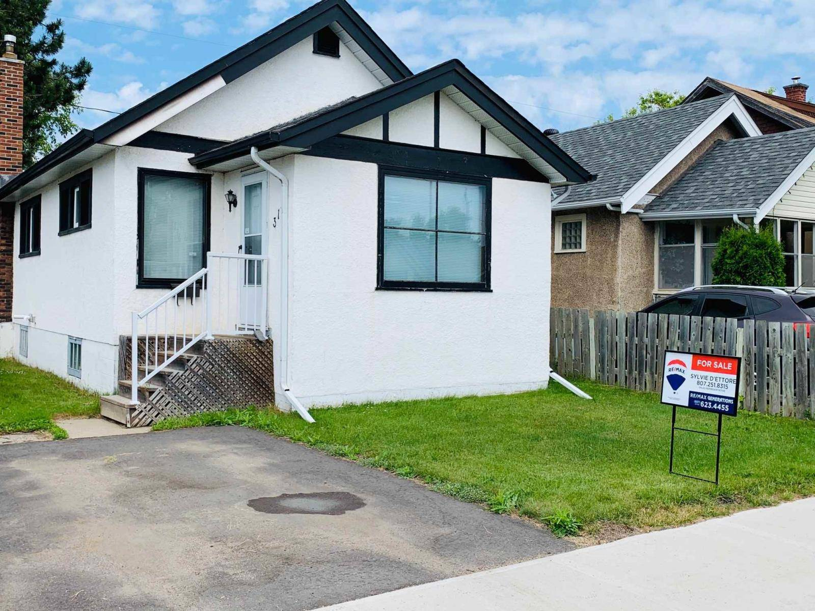 House for sale at 313 Archibald St N Thunder Bay Ontario - MLS: TB192151