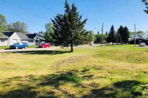 Home for sale at 313 Broadway Ave Moosomin Saskatchewan - MLS: SK810471