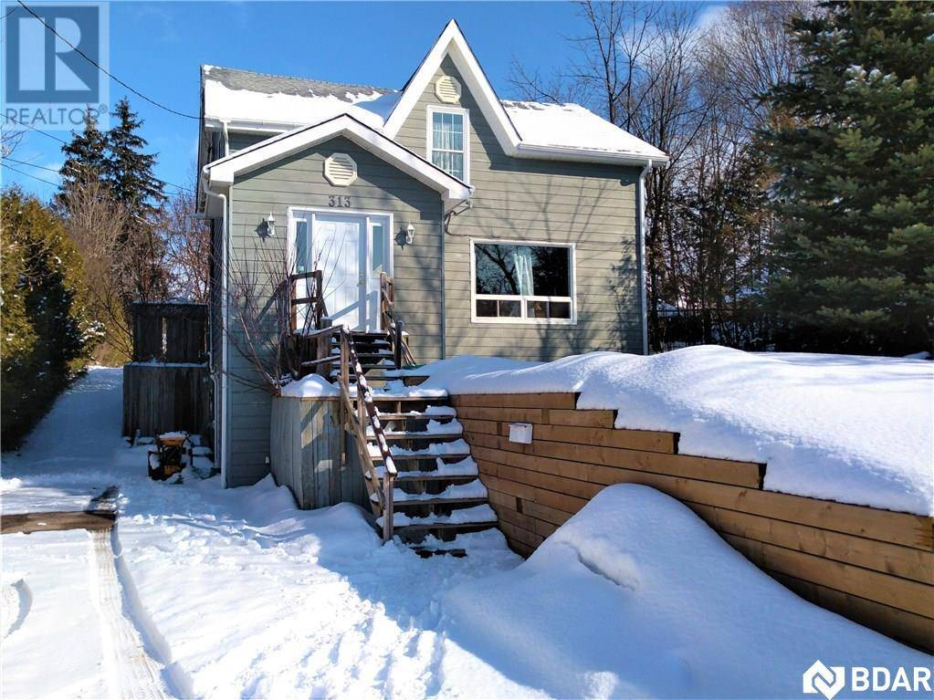 House for sale at 313 Queen St Midland Ontario - MLS: 30789142