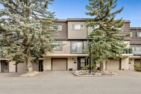 Townhouse for sale at 3130 66 Ave SW Calgary Alberta - MLS: A1031326