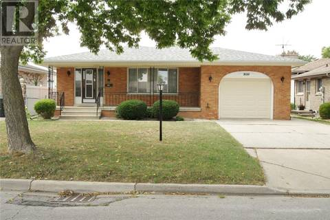 House for sale at 3133 Halpin  Windsor Ontario - MLS: 19018064
