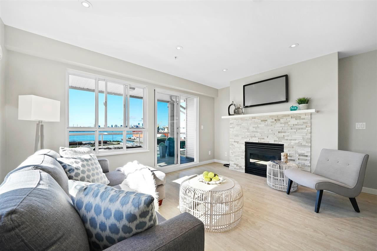 For Sale: 314 - 333 East 1st Street, North Vancouver, BC | 2 Bed, 2 Bath Condo for $899000.