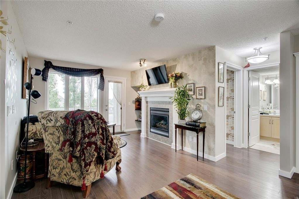 Condo for sale at 40 Parkridge Vw SE Unit 314 Parkland, Calgary Alberta - MLS: C4303676