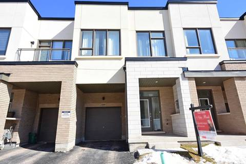 Townhouse for sale at 3141 Mintwood Circ Oakville Ontario - MLS: W4413583