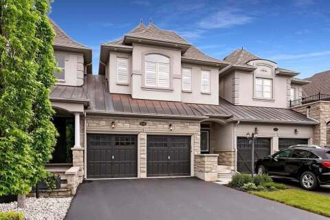 Townhouse for sale at 3141 Watercliffe Ct Oakville Ontario - MLS: W4781483