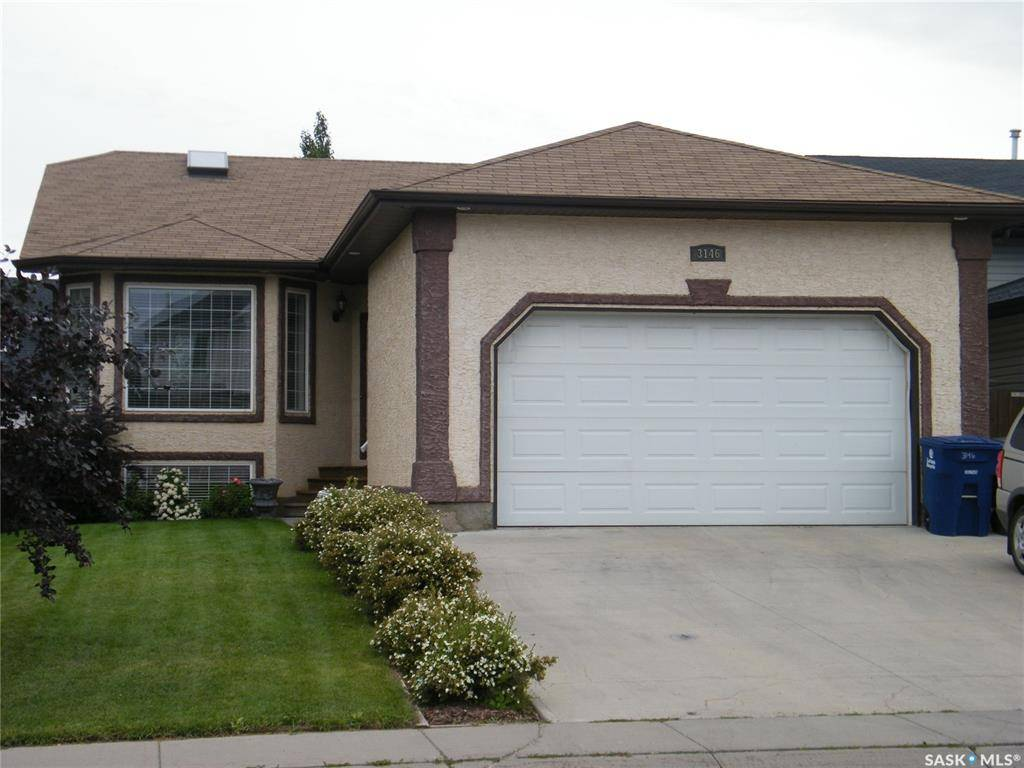 House for sale at 3146 37th St W Saskatoon Saskatchewan - MLS: SK783404
