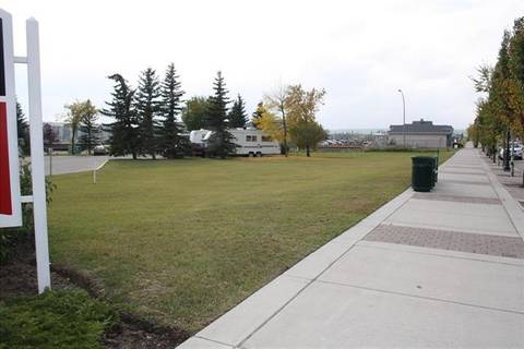 Residential property for sale at 315 1 Ave Northwest Airdrie Alberta - MLS: C4276250
