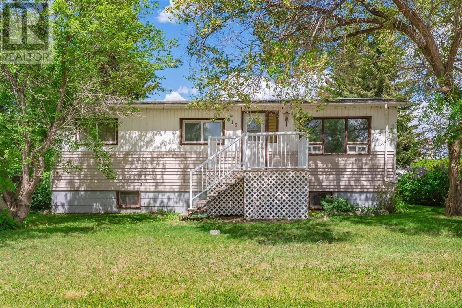 House for sale at 315 1st St Dundurn Saskatchewan - MLS: SK811114