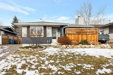 House for sale at 315 Banister Dr Okotoks Alberta - MLS: A1050633