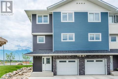 Townhouse for sale at 315 Kloppenburg Li Saskatoon Saskatchewan - MLS: SK774016