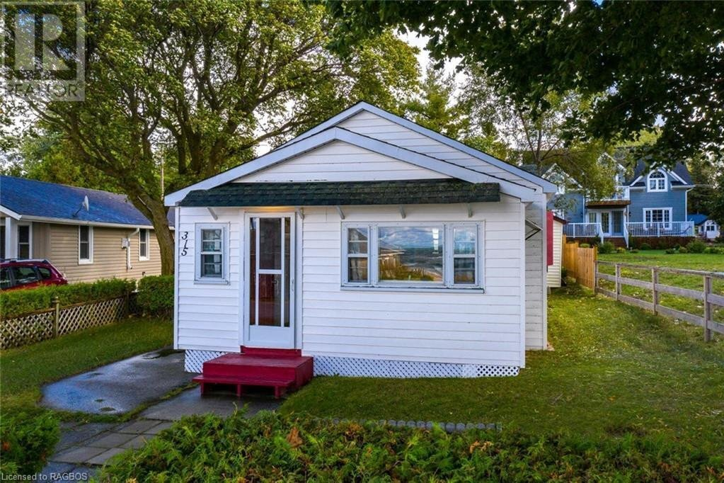 House for sale at 315 Lakeshore Blvd South Sauble Beach Ontario - MLS: 40029546