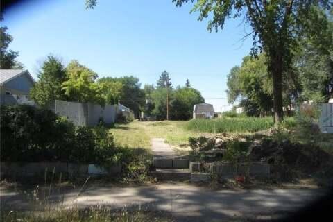 Home for sale at 315 P Ave S Saskatoon Saskatchewan - MLS: SK798536