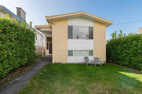 House for sale at 3158 Wellington Ave Vancouver British Columbia - MLS: R2411838