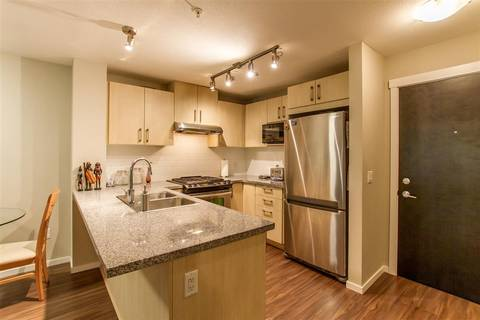Condo for sale at 3156 Dayanee Springs Blvd Unit 316 Coquitlam British Columbia - MLS: R2419741