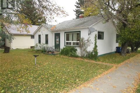House for sale at 316 6th St E Wynyard Saskatchewan - MLS: SK786975