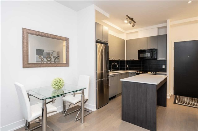 For Sale: 316 - 9471 Yonge Street, Richmond Hill, ON | 1 Bed, 1 Bath Condo for $434,800. See 20 photos!