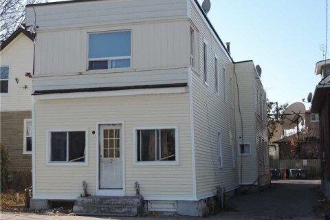Townhouse for sale at 316 Albert St Oshawa Ontario - MLS: E5003859