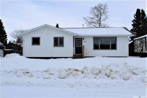 House for sale at 316 Caskey Dr Melfort Saskatchewan - MLS: SK800412