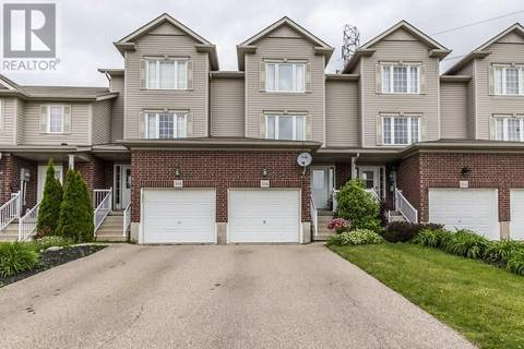 Townhouse for sale at 316 Parkvale Dr Kitchener Ontario - MLS: 30747177
