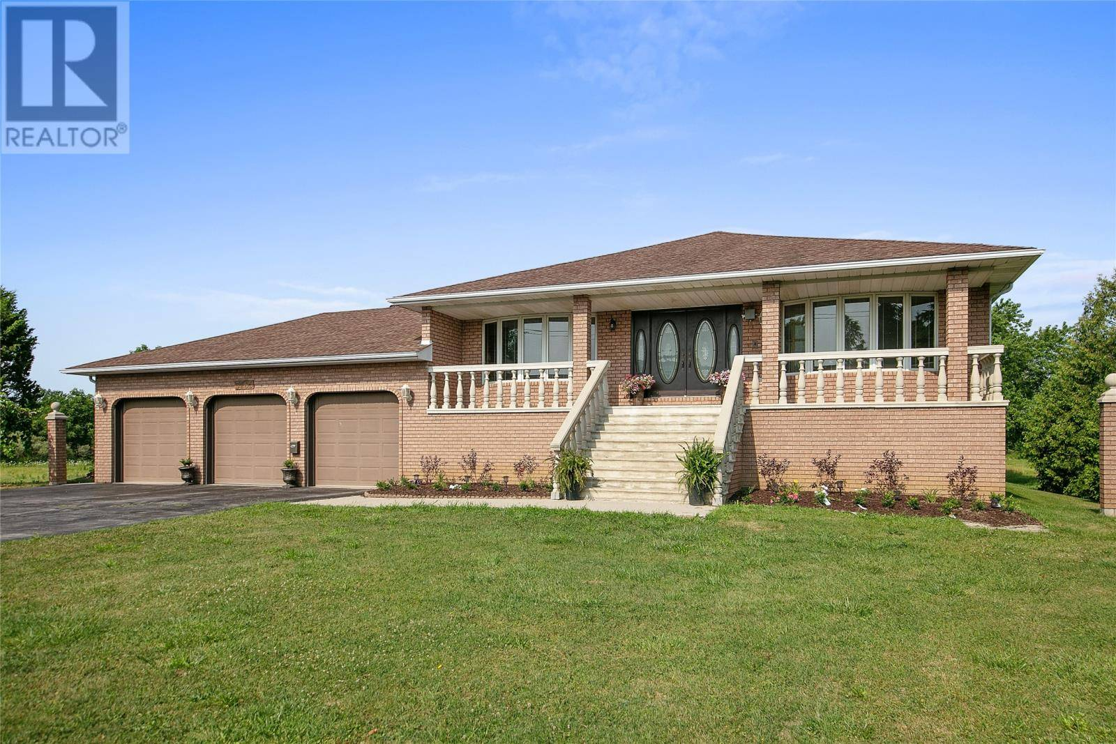 House for sale at 3165 Manning  Tecumseh Ontario - MLS: 19023068