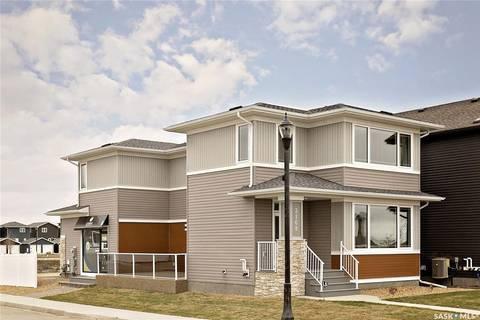 House for sale at 3168 Crosbie Cres Regina Saskatchewan - MLS: SK800154