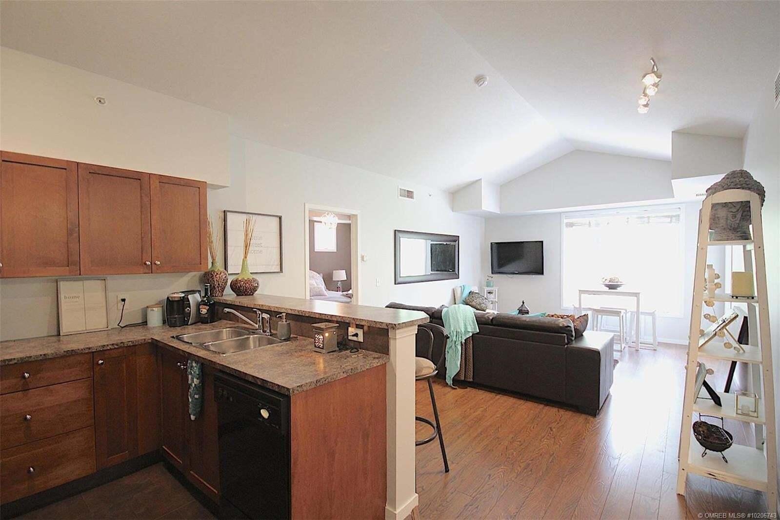 Condo for sale at 3168 Via Centrale Rd Kelowna British Columbia - MLS: 10206743