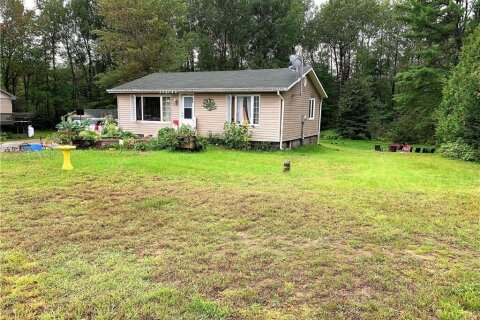 House for sale at 31693 Highway 17 Hy Chalk River Ontario - MLS: 1208393