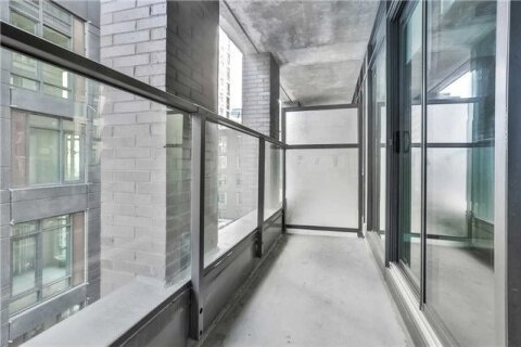 Apartment for rent at 111 Bathurst St Unit 317 Toronto Ontario - MLS: C5056167