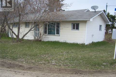 House for sale at 317 1st Ave E Spiritwood Saskatchewan - MLS: SK768643