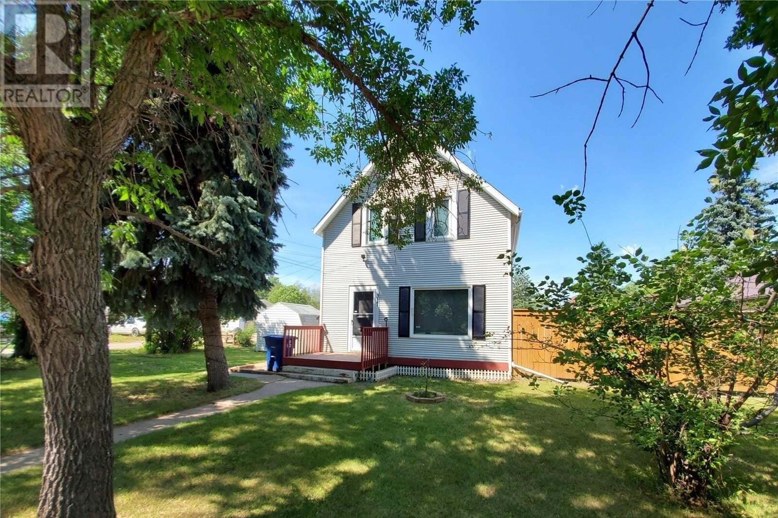 House for sale at 317 1st St E Unity Saskatchewan - MLS: SK819462