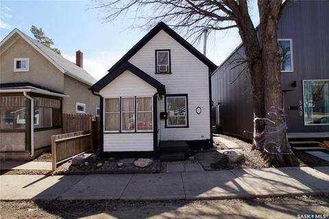 House for sale at 317 25th St W Saskatoon Saskatchewan - MLS: SK803788
