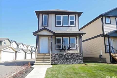 House for sale at 315 Hampton Circ Unit 317 Saskatoon Saskatchewan - MLS: SK808806