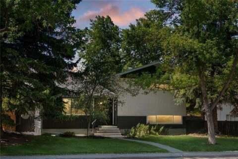 House for sale at 317 Capri Ave Northwest Calgary Alberta - MLS: C4302950