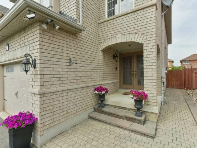 Sold: 317 Ellwood Drive West, Caledon, ON
