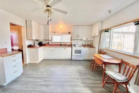 House for sale at 317 Mctavish St Outlook Saskatchewan - MLS: SK806410