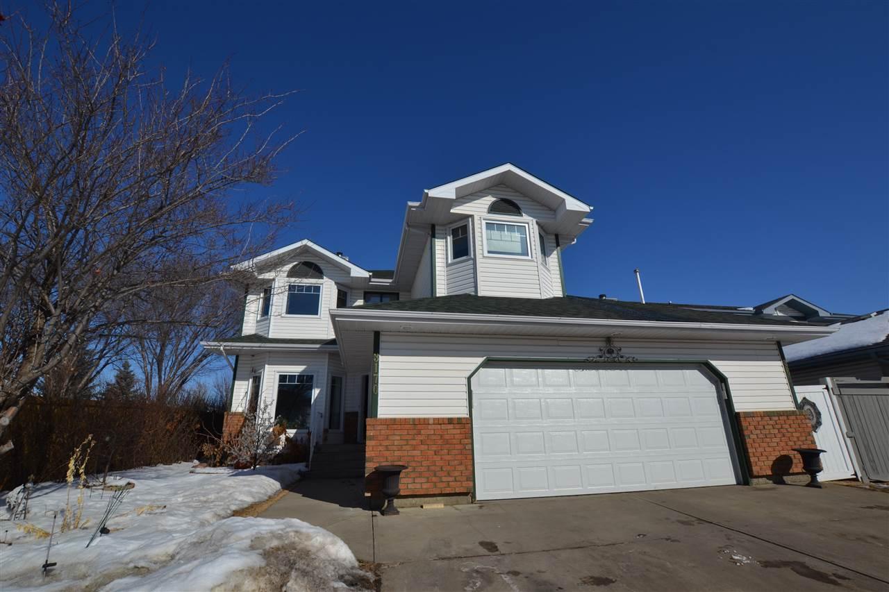 For Sale: 3170 36 Avenue, Edmonton, AB   5 Bed, 4 Bath House for $484,900. See 27 photos!