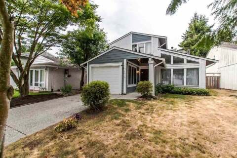 House for sale at 3176 Toba Dr Coquitlam British Columbia - MLS: R2501161