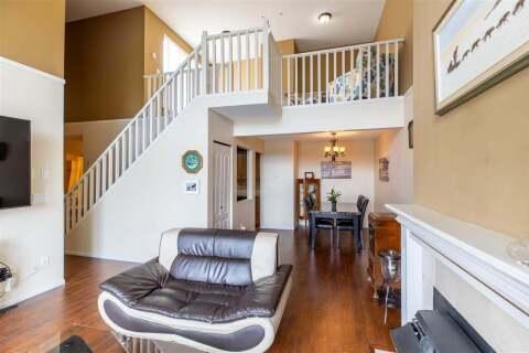 Condo for sale at 13918 72 Ave Unit 318 Surrey British Columbia - MLS: R2458504