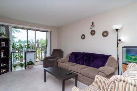 Condo for sale at 15288 100 Ave Unit 318 Surrey British Columbia - MLS: R2465806