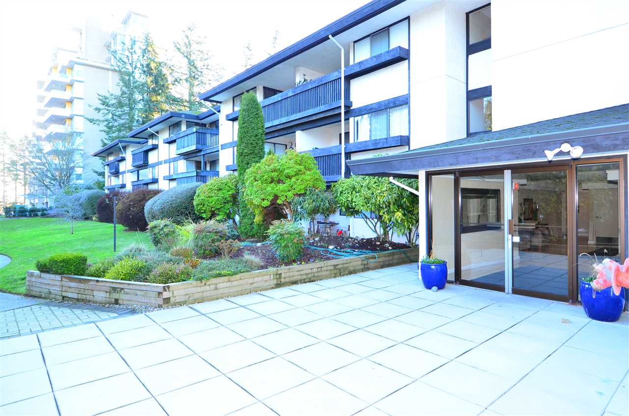 For Sale: 318 - 1561 Vidal Street, White Rock, BC | 2 Bed, 2 Bath Condo for $399,900. See 19 photos!